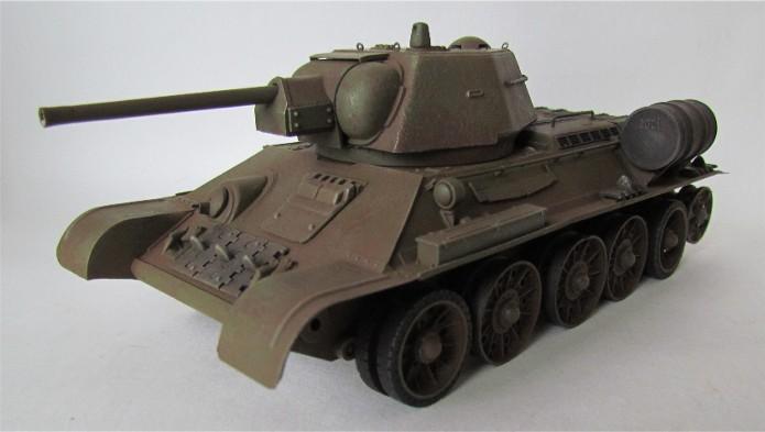 T-34 76mm Mle 43 rouleaux déminage 1/35 Zvezda FINI IMG_4622