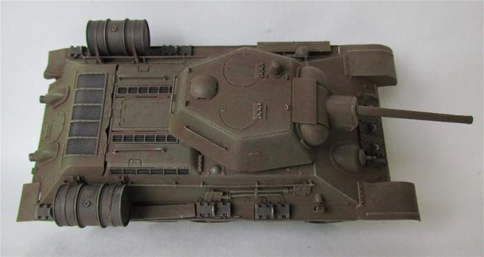 T-34 76mm Mle 43 rouleaux déminage 1/35 Zvezda FINI IMG_4624