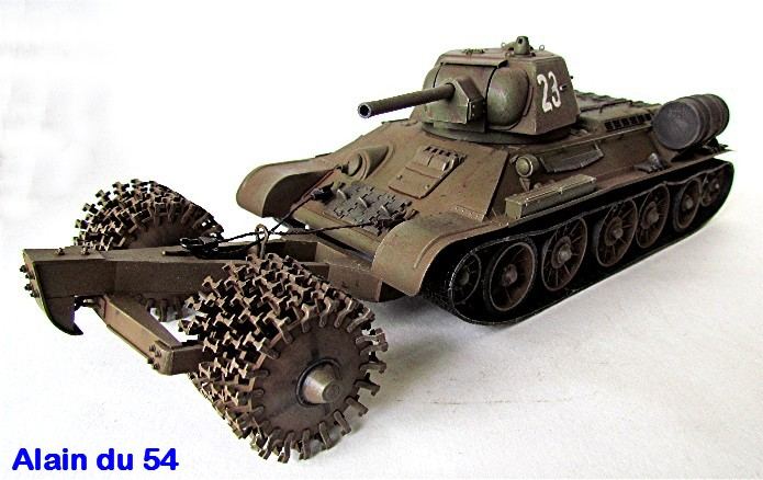 T-34 76mm Mle 43 rouleaux déminage 1/35 Zvezda FINI - Page 2 IMG_4646