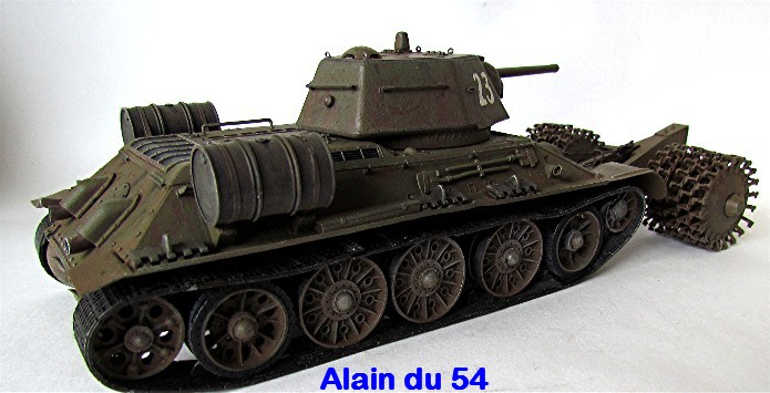 T-34 76mm Mle 43 rouleaux déminage 1/35 Zvezda FINI - Page 2 IMG_4647