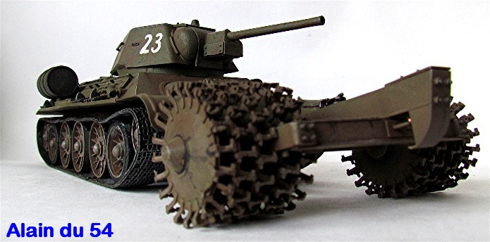 T-34 76mm Mle 43 rouleaux déminage 1/35 Zvezda FINI - Page 2 IMG_4648