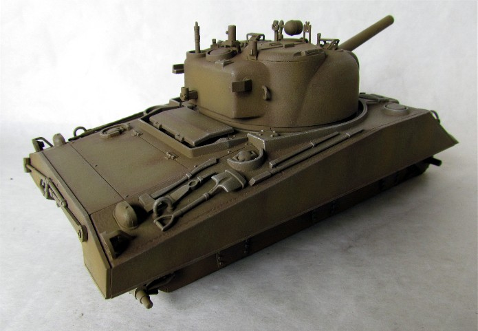 SHERMAN M4 105 MM 1/35 conversion châssis Tamiya et tourelle Accademy FINI IMG_0571