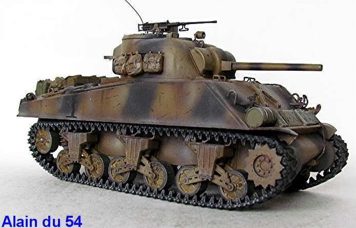 Sherman M4A3 75mm 1/35 base Tamiya Sm5