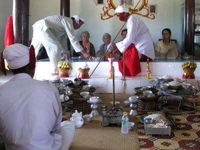 Matriarcat & Religions : des vestiges secrets au syncrétisme Cham-bani-pratiquant-le-ramadan