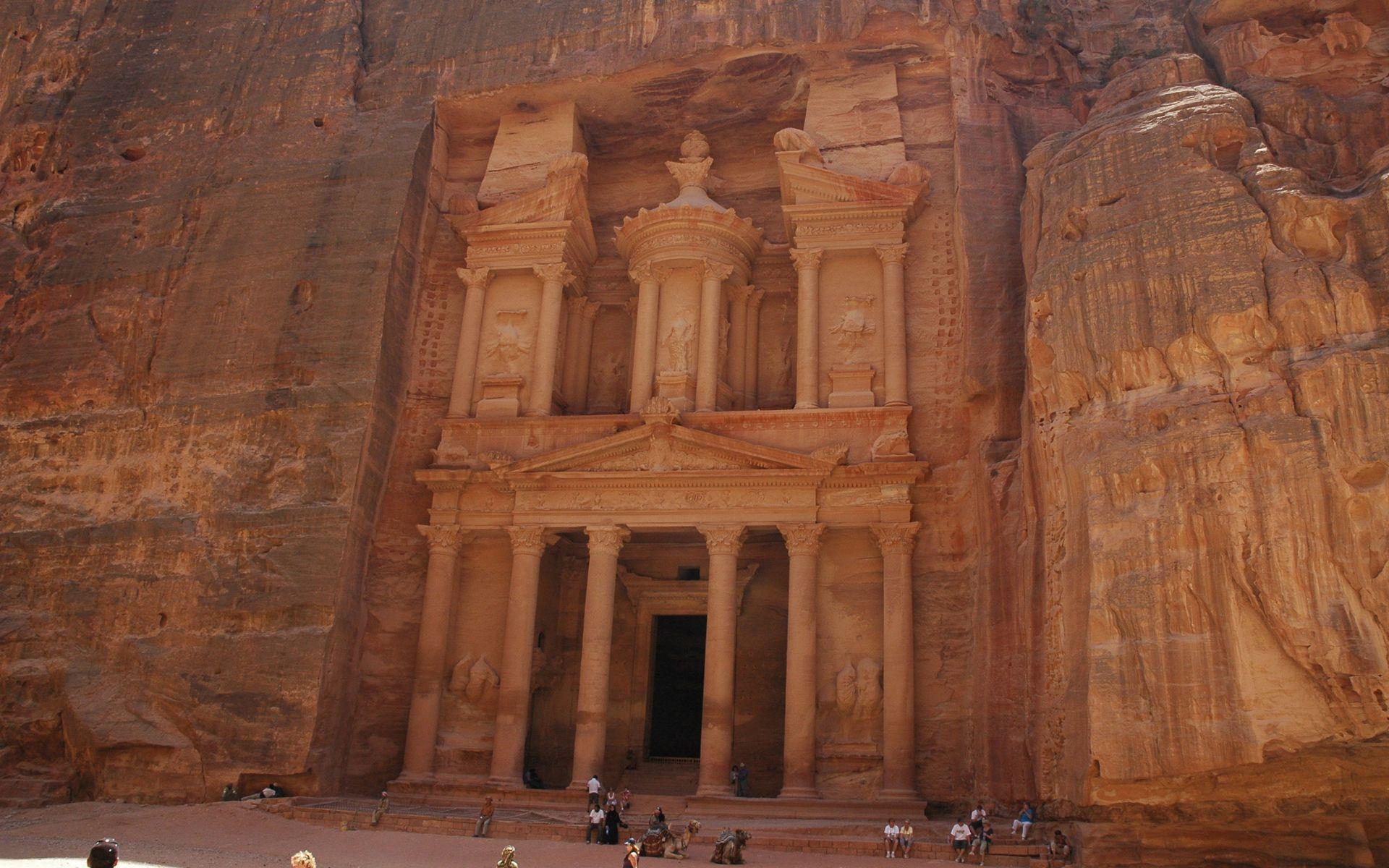 Matriarcat & Religions : des vestiges secrets au syncrétisme Le-trc3a9sor-de-pc3a9tra-jordanie