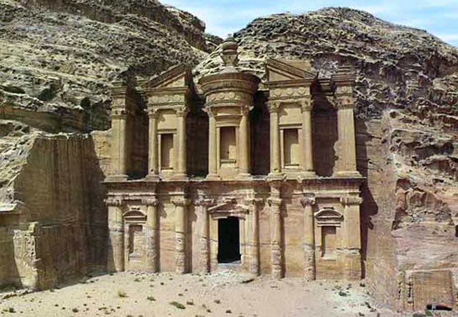 Matriarcat & Religions : des vestiges secrets au syncrétisme Temple-excavc3a9