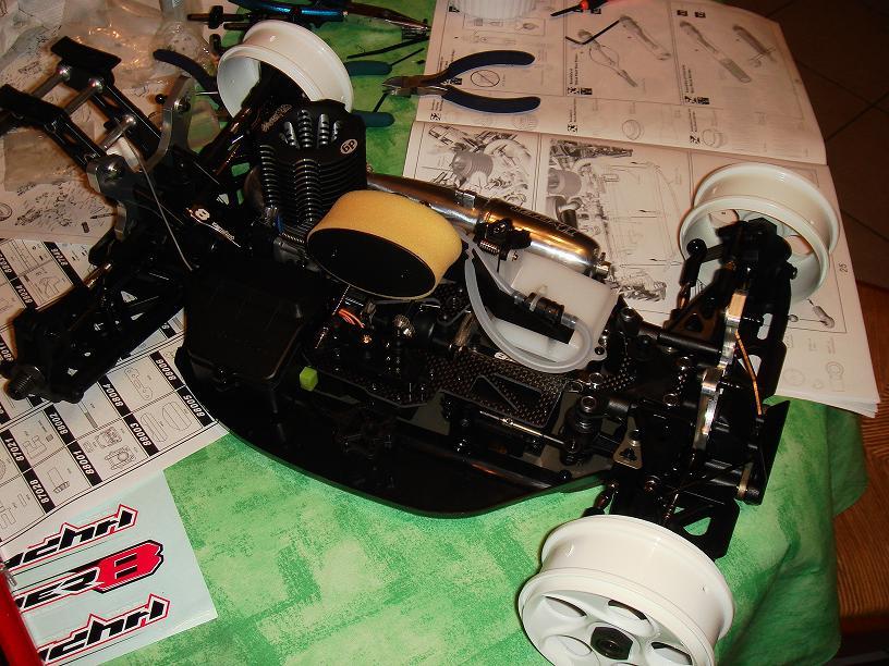 Mon HYPER 8 Pro, moteur 4.6 cm3 Image8