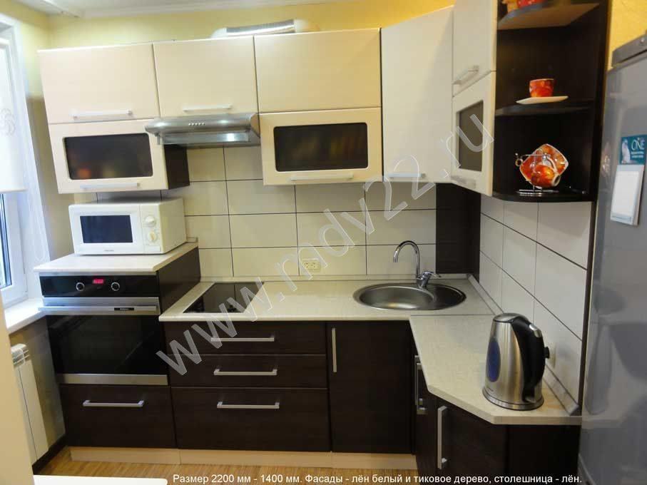 Посоветуйте как сделать кухню в Хрущевке  Uglovaya_kuhnya_len_belyi_i_tikovoe_de_1