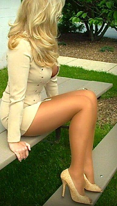 Señoras estupendas. Madurez sexy 008766ee8a0891be7822dfd8f4dc7677