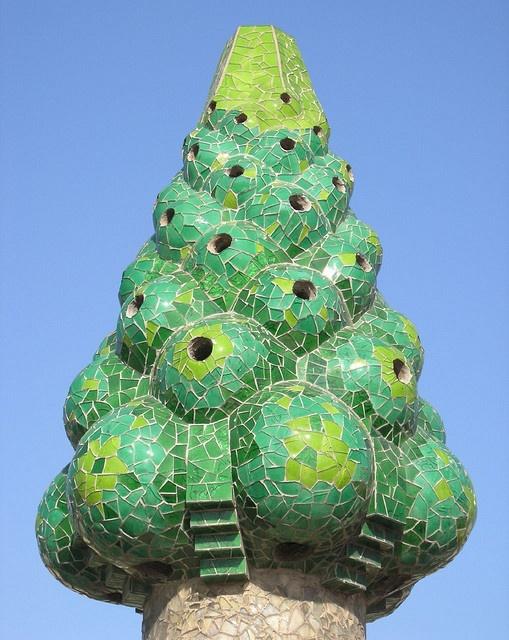 Gaudijeva arhitektura 33090c778b03f8aa02a60331697611b2