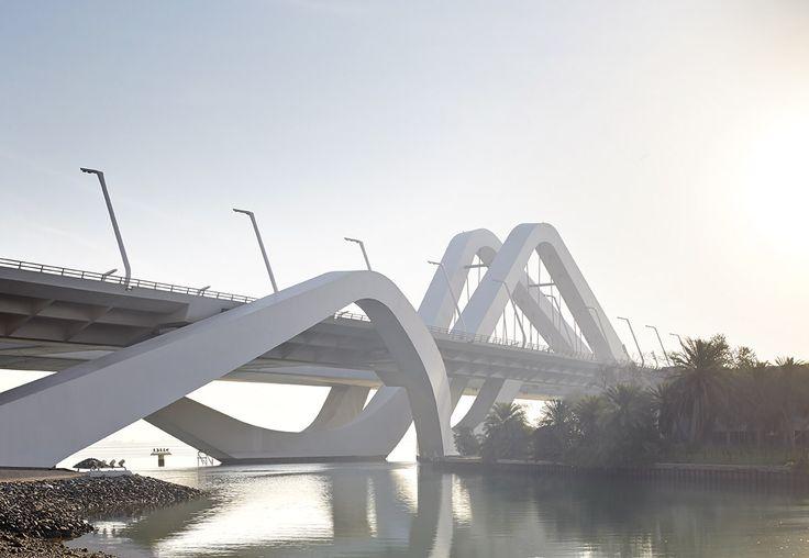 Zaha Hadid vodeći arhitekta sveta i njeni projekti - Page 2 98516ceb26699834fe10d1ece2c22864