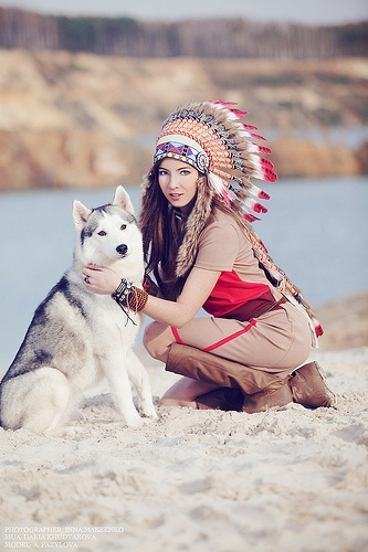 woman and wolf - Page 2 Bdca8bcc5f8571383beda84ea678d115