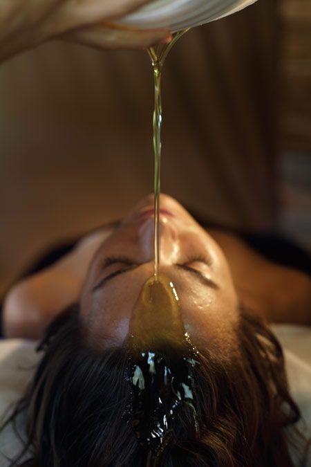 Широдхара – массаж внутренней энергии C9eab993ce50d7ac507b57ef75b6e73c