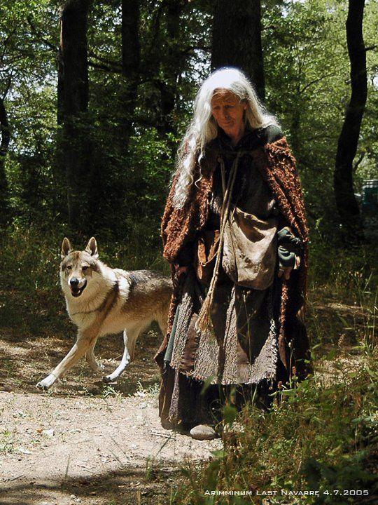 woman and wolf - Page 2 Cbda174898697aeefb88e7980436c549