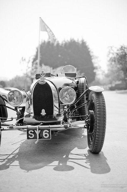Bugatti D8ddab19351e11825597b15c542844a1
