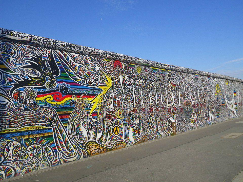 Street art.. 54844de4a8c8fe843013c65ed1a49e40