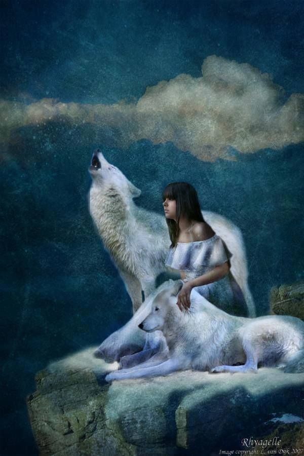 woman and wolf 4bd418b73e7083d171d9046678ae6a09