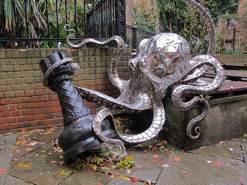 20 curiosas esculturas alrededor del mundo 4e3d2a0873d2e4b85aed5d887a87f5a3