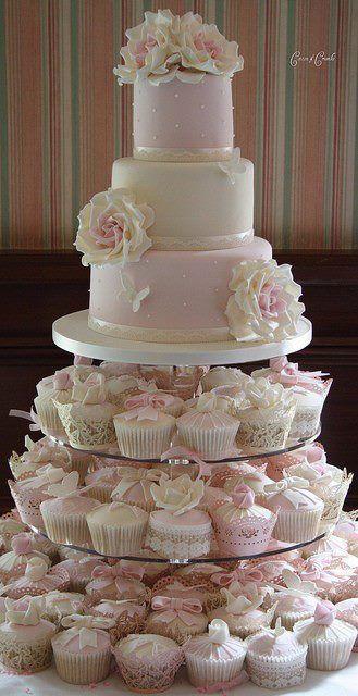 Svadbene torte 670ca688680c64559abc30ae16a631d3