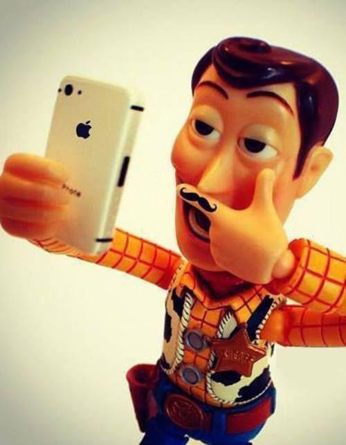 Venez postez vos photos (images) drôles / amusantes de Disney 6ada9b91c7799dfce59818a42c87fe84
