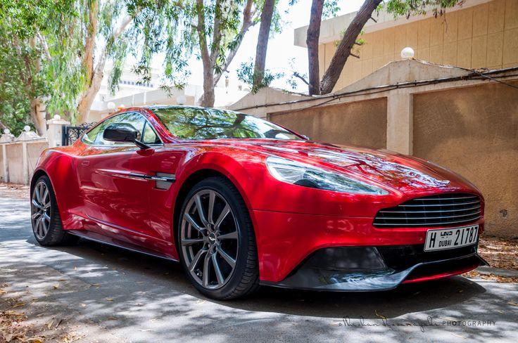 Aston Martin  6b65b61b106380bdf68bf72950e448af