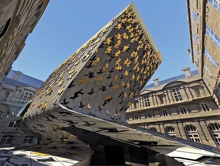 Zaha Hadid vodeći arhitekta sveta i njeni projekti 717ad1c24210560a2fee49ff80dc07ec
