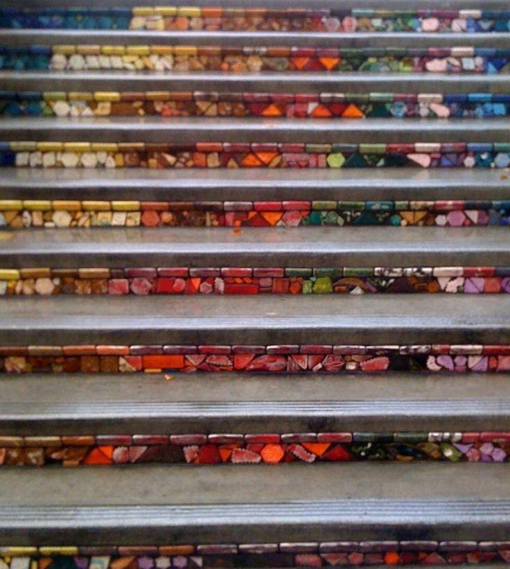 Oslikane stepenice 81a842ffbd9fb3851ee22cec27f84b7c