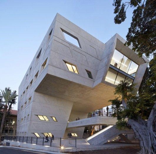 Zaha Hadid vodeći arhitekta sveta i njeni projekti - Page 2 A38566f8ed0666c42e0d864096c4c36b