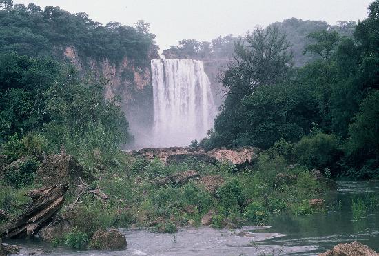 Reino de Dulcinia El-salto-near-cd-valles