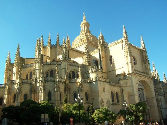 The United States of the Solar System: A.D. 2133 (Book Two) Segovia-s-cathedral