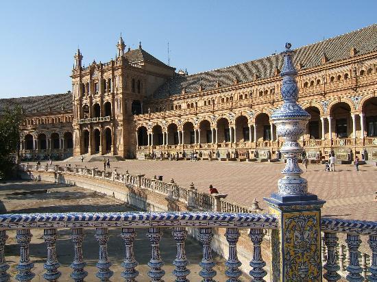 Španija  Plaza-de-espana