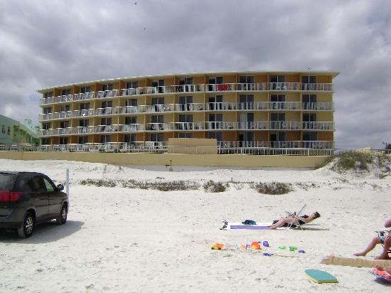 مدينة Ormond beach في ولاية فلــــــوريدا الامريكية The-comfort-inn-daytona