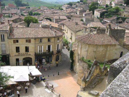 Najlepša sela na svetu St-emilion-plaza