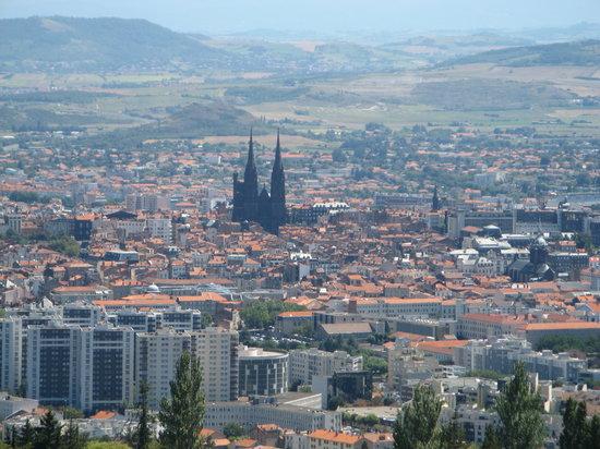aimez-vous votre ville,votre region? Black-cathedral