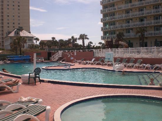 مدينة Ormond beach في ولاية فلــــــوريدا الامريكية Great-pool