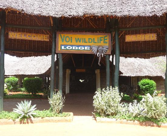 Voi Wildlife Lodge Entree-de-l-hotel