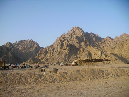 Inquietante scoperta............... Valle-dell-eco-nel-deserto
