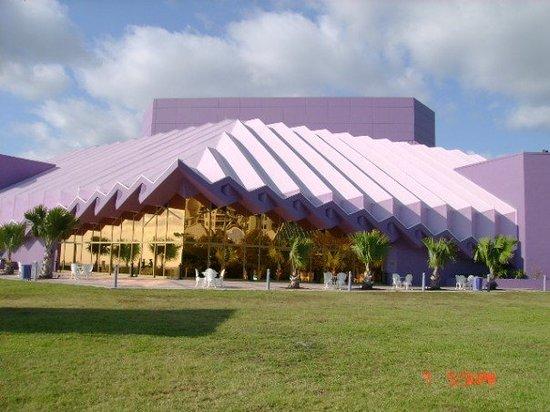 Concert - March 24 2015 Sarasota, Florida Van Wezel Performing Arts Hall 7:30 PM Van-wezel-performing