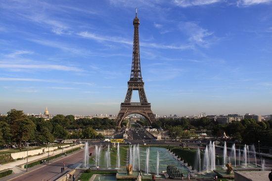 Francuska Eiffel-tower-from-the