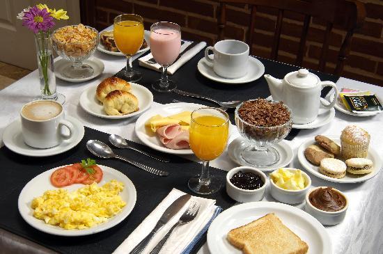 ¡¡¡ Buenos dias !!! Desayuno-buffet