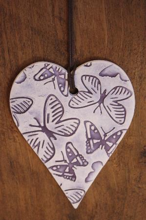 Srce  - Page 22 Handmade-ceramic-heart