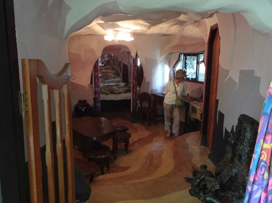 Najskuplje ,neobične ,čudne hotelske sobe i hoteli  Hang-nga-guesthouse