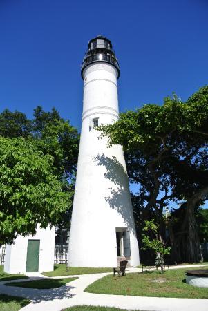 Un phare - ajonc- 16 novembre trouvé par Martine Key-west-lighthouse-and