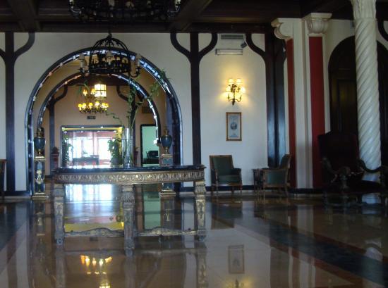 صور من مدينة الفيوم The-main-hall