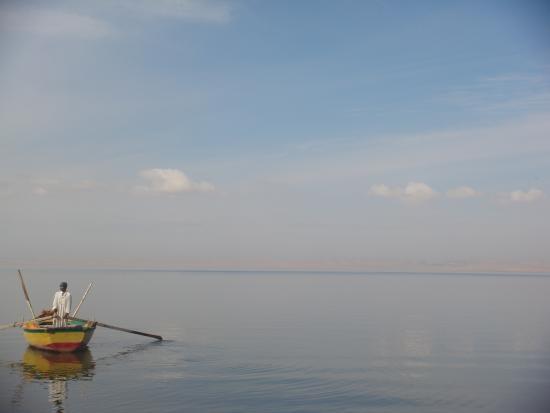 صور من مدينة الفيوم The-calm-lake