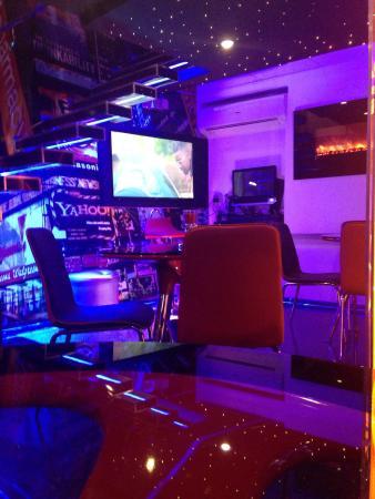 """Cafeteria-Bar """"La JULIANA"""" Lo-mejor-de-la-habana"""