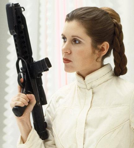 On va ressortir les sabres laser.... Star-wars-episode-iii-blaster-a35c418bdd16ea1b_large