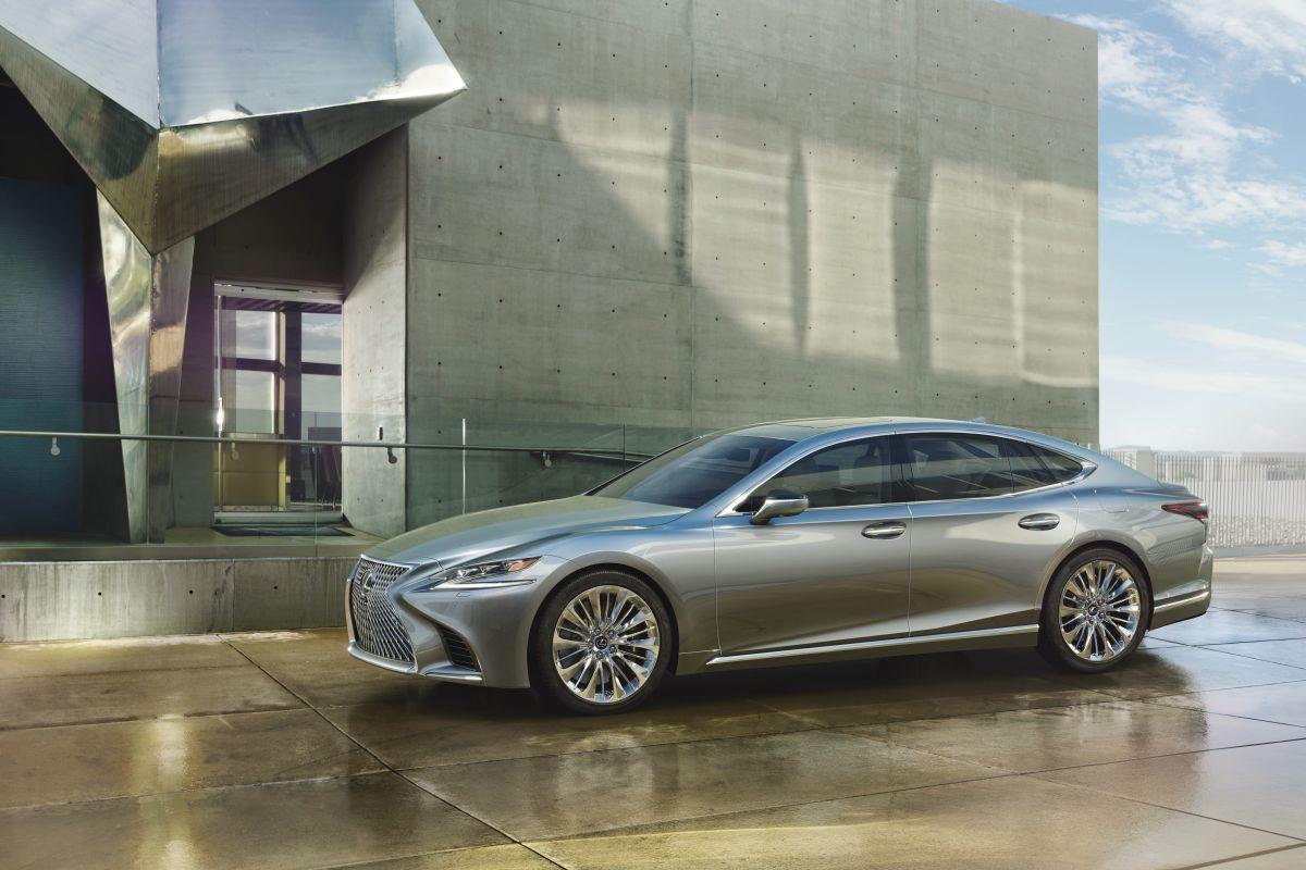 2016 - [Lexus] LS  - Page 2 3qiyt1cb66lj