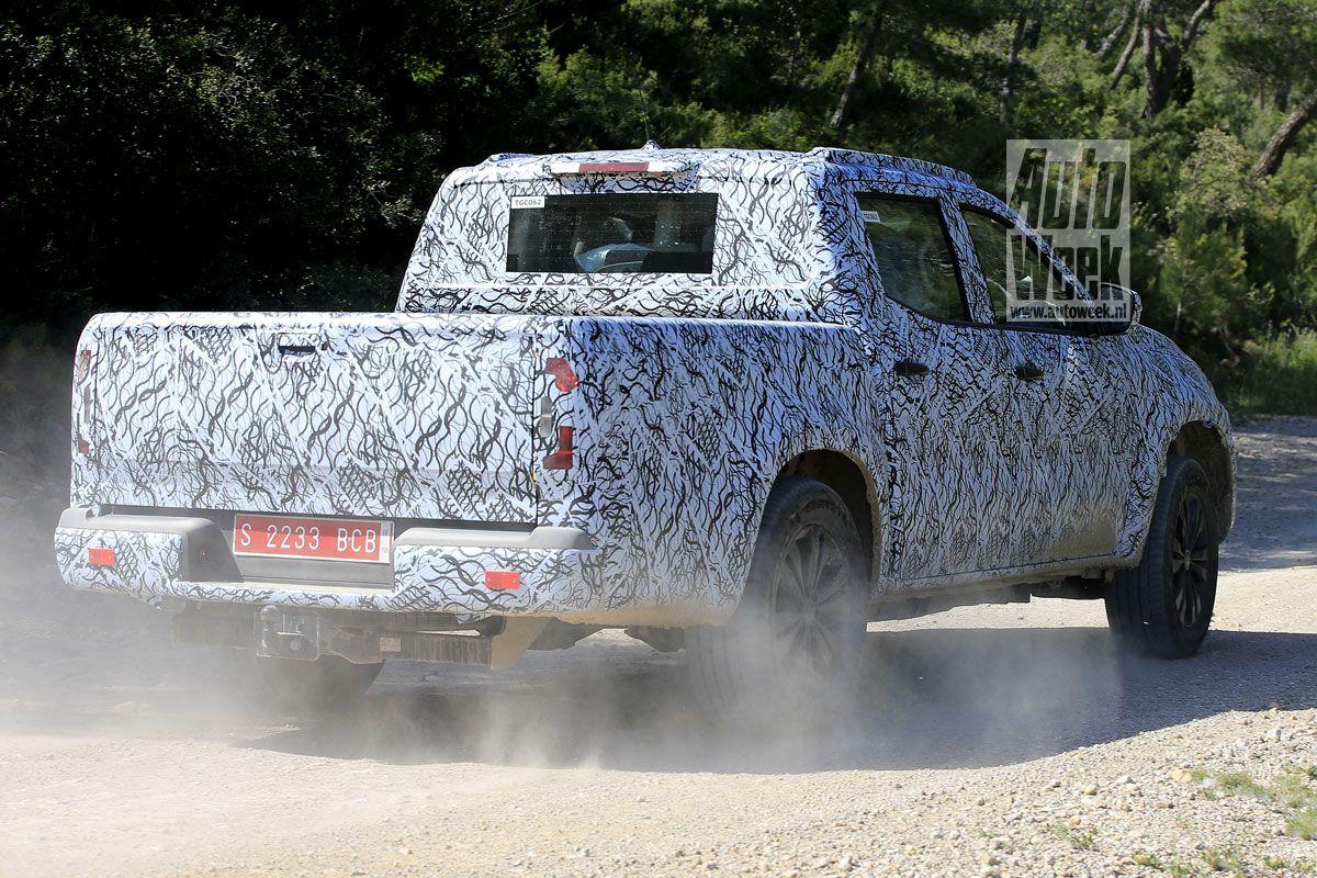 2017 - [Mercedes] Classe X Pickup - Page 3 Dyry0z1br2kn