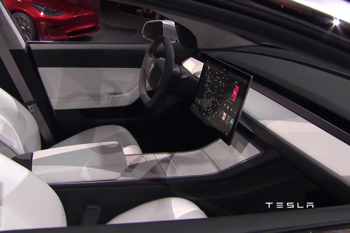 2016 - [Tesla] Model III - Page 3 E2gydj4ber9k